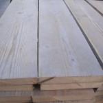 Geschuurd gebruikt steigerhout